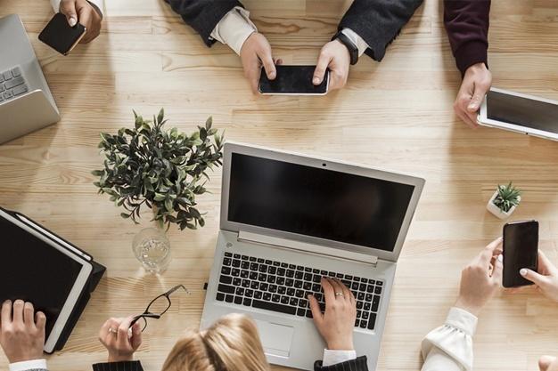 implicacion-profesionalidad-social-media-brain-cs
